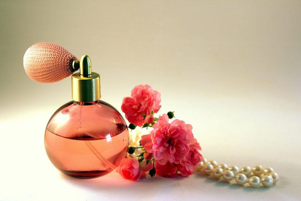 perfumy damskie które długo pachną